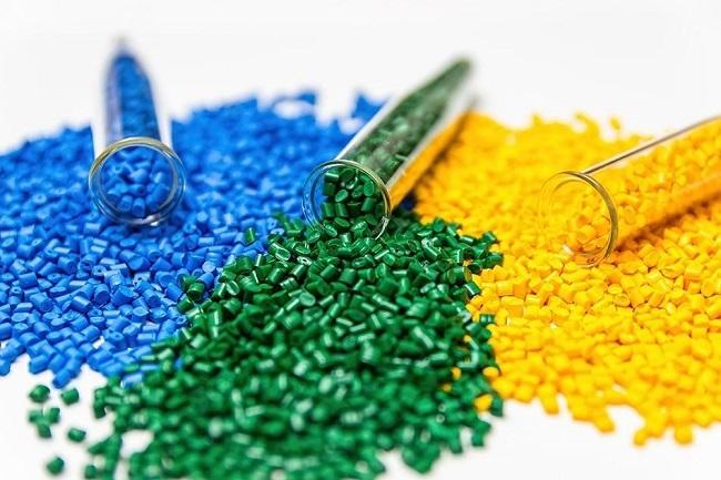 Hạt nhựa ngàng càng được ứng dụng nhiều trong các ngành công nghiệp sản xuất thiết bị điện tử…