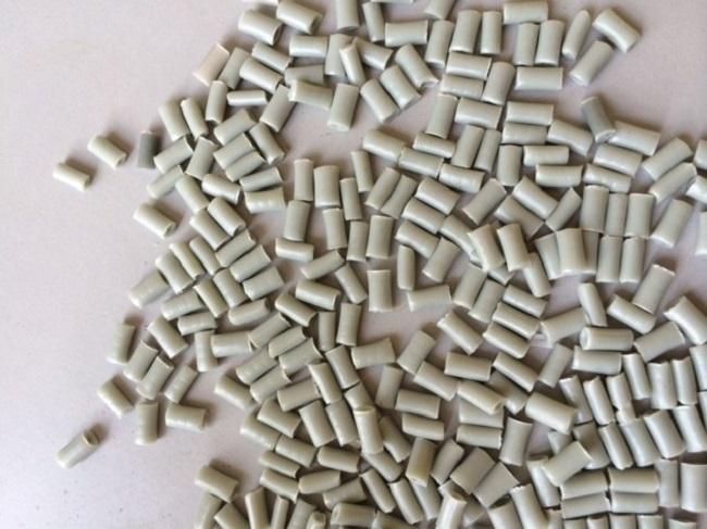 Cận cảnh hạt nhựa tái sinh PP