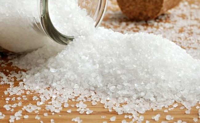 Muối biển có chứa một số hạt vi nhựa nhỏ bé gây hại cho sức khỏe