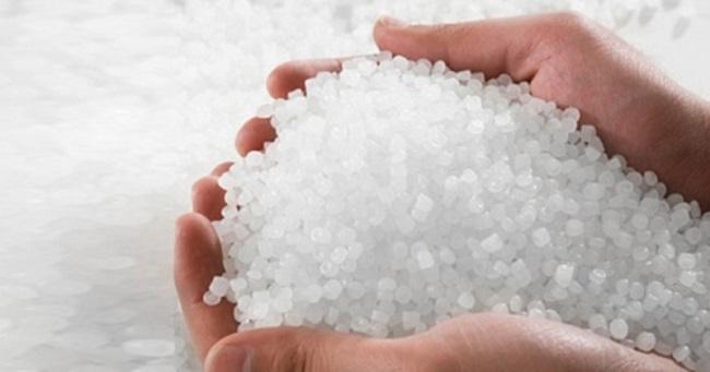 Nhựa tái sinh được làm từ các phế liệu thu gom