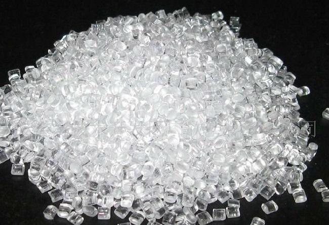 PC là hạt nhựa kỹ thuật thuộc nhóm nhựa nguyên sinh