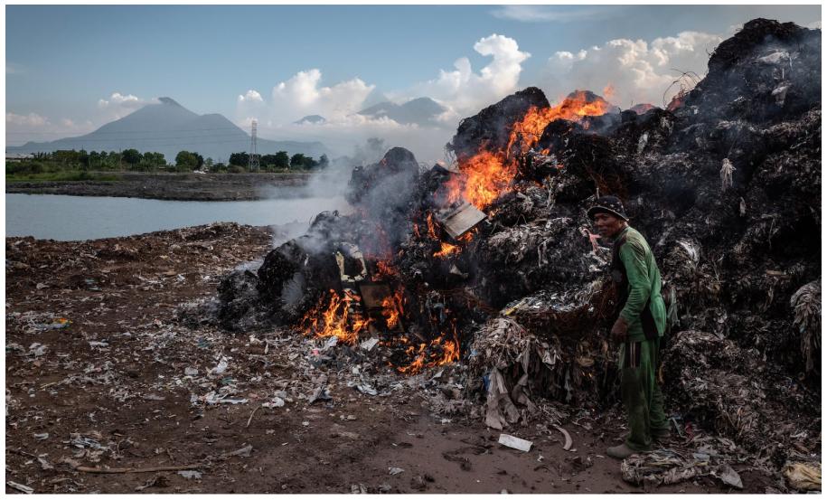 Tình trạng đốt rác thải sẽ gây ô nhiễm môi trường nặng nề